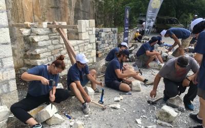 Ενθουσιασμός από εκπαιδευτές κι εκπαιδευόμενους στο 2ο εργαστήρι της τέχνης της πέτρας!