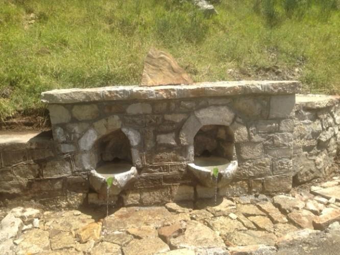 Αποκαταστάσεις παραδοσιακών κτισμάτων στο πλαίσιο του 2ου Εργαστηρίου της τέχνης της πέτρας