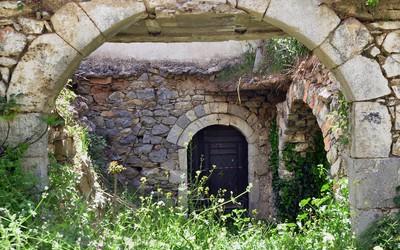 Τα ερείπια στην παραδοσιακή αρχιτεκτονική